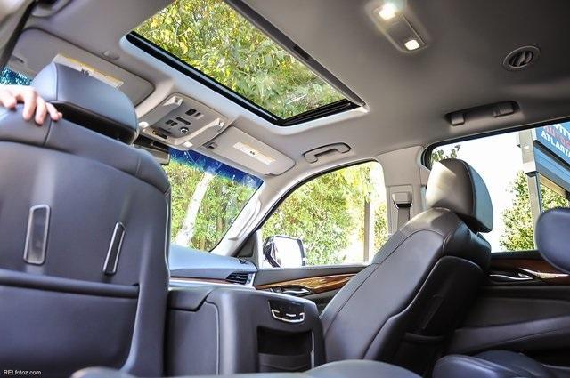 Used 2016 Cadillac Escalade Luxury   Chamblee, GA