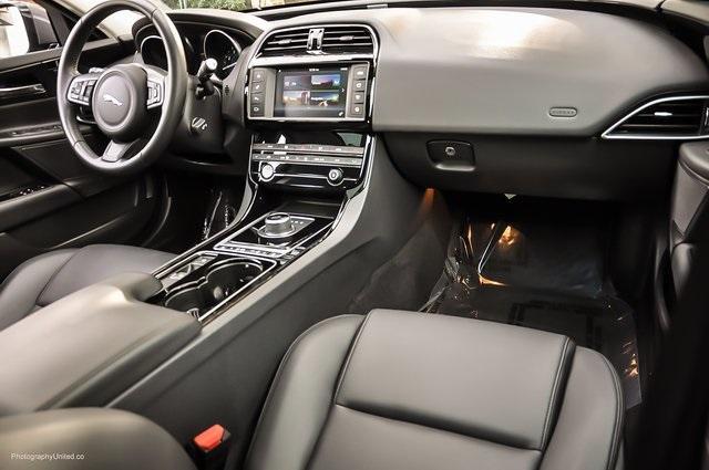 Used 2017 Jaguar XE 25t Premium   Chamblee, GA