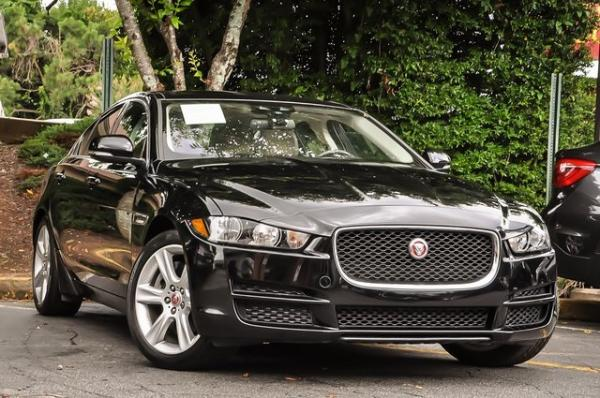 Used 2017 Jaguar XE 20d Prestige for sale $23,700 at Gravity Autos in Roswell GA 30076 2
