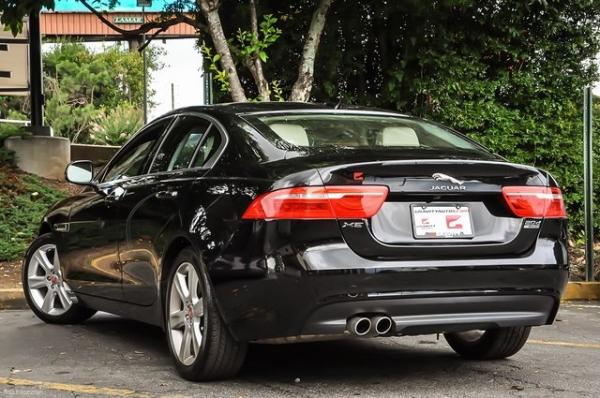 Used 2017 Jaguar XE 20d Prestige for sale $23,700 at Gravity Autos in Roswell GA 30076 3