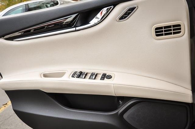 Used 2015 Maserati Quattroporte S Q4 for sale Sold at Gravity Autos Atlanta in Chamblee GA 30341 26