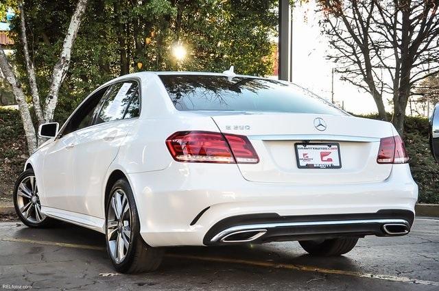 Used 2016 Mercedes-Benz E-Class E 350 for sale Sold at Gravity Autos Atlanta in Chamblee GA 30341 3