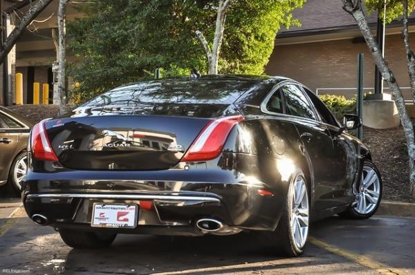 Used 2016 Jaguar XJ XJL Portfolio for sale $34,700 at Gravity Autos in Roswell GA 30076 4
