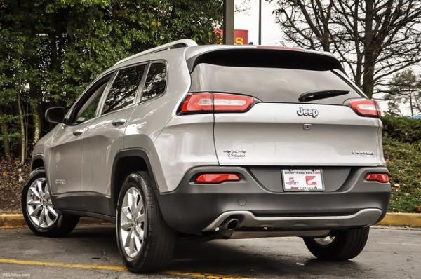 Used 2015 Jeep Cherokee Limited for sale Sold at Gravity Autos in Roswell GA 30076 3