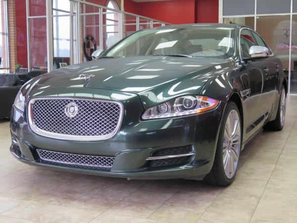 Used 2012 Jaguar XJ Supercharged for sale Sold at Gravity Autos in Roswell GA 30076 3