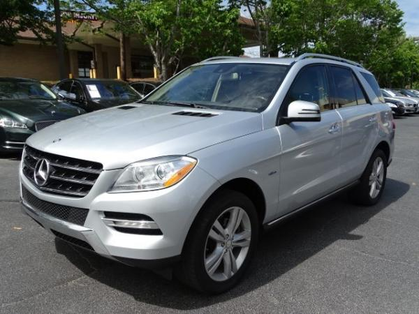 Used 2012 Mercedes-Benz M-Class ML350 for sale Sold at Gravity Autos in Roswell GA 30076 3