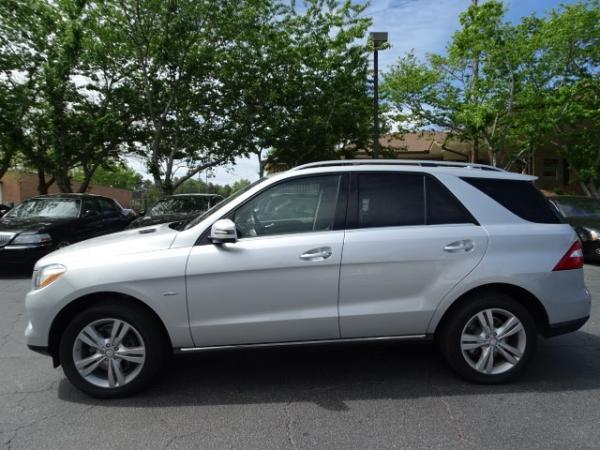 Used 2012 Mercedes-Benz M-Class ML350 for sale Sold at Gravity Autos in Roswell GA 30076 4