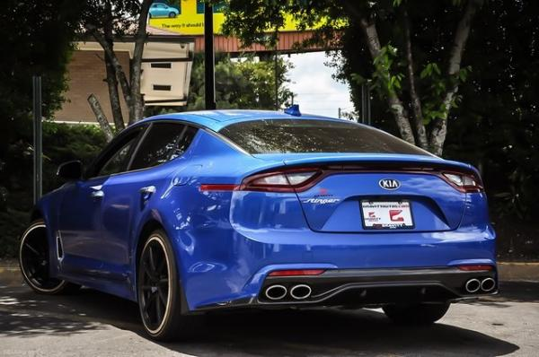 Used 2018 Kia Stinger Premium for sale Sold at Gravity Autos in Roswell GA 30076 3
