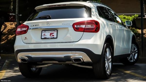 Used 2017 Mercedes-Benz GLA GLA 250 for sale $22,700 at Gravity Autos in Roswell GA 30076 4