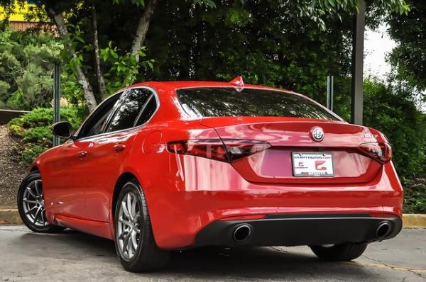 Used 2018 Alfa Romeo Giulia for sale Sold at Gravity Autos in Roswell GA 30076 3