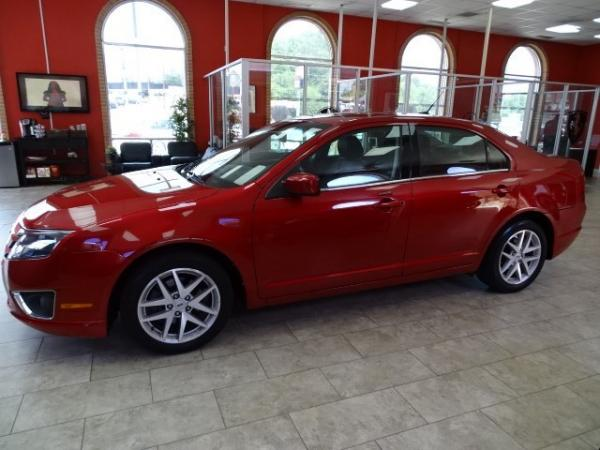 Used 2012 Ford Fusion SEL for sale Sold at Gravity Autos in Roswell GA 30076 4