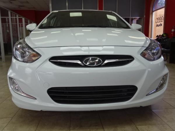 Used 2013 Hyundai Accent SE for sale Sold at Gravity Autos in Roswell GA 30076 2