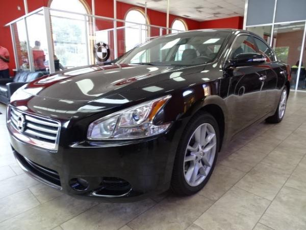 Used 2013 Nissan Maxima 3.5 SV for sale Sold at Gravity Autos in Roswell GA 30076 3