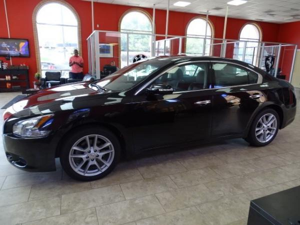 Used 2013 Nissan Maxima 3.5 SV for sale Sold at Gravity Autos in Roswell GA 30076 4