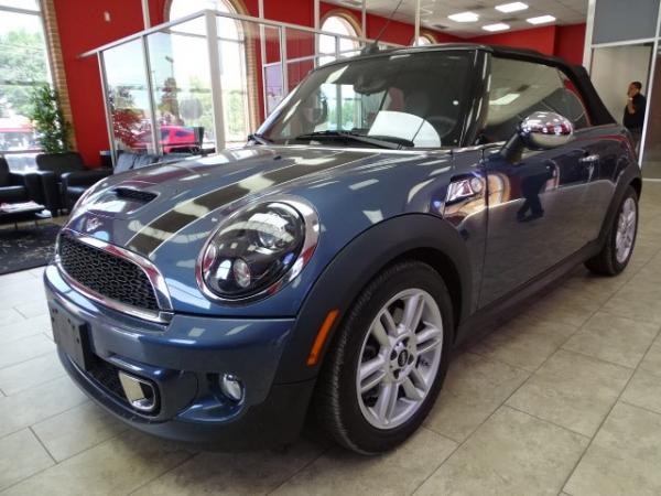Used 2011 MINI Cooper Convertible s for sale Sold at Gravity Autos in Roswell GA 30076 3