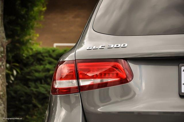 Used 2017 Mercedes-Benz GLC GLC 300 for sale Sold at Gravity Autos Atlanta in Chamblee GA 30341 6