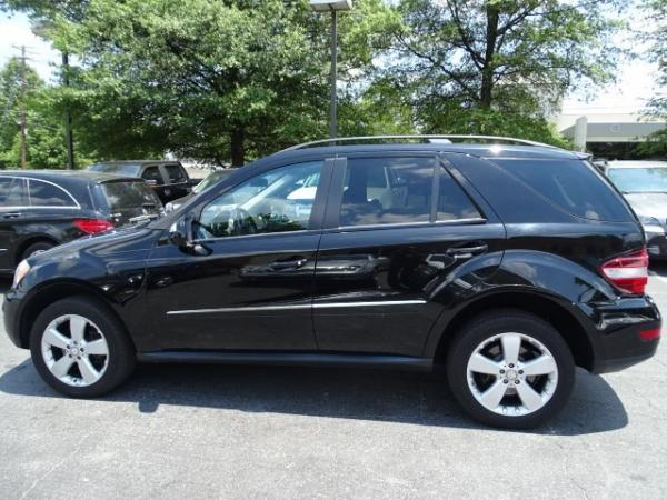 Used 2009 Mercedes-Benz M-Class 3.5L for sale Sold at Gravity Autos in Roswell GA 30076 4