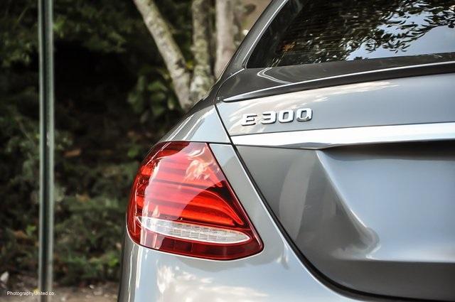 Used 2017 Mercedes-Benz E-Class E 300 for sale Sold at Gravity Autos Atlanta in Chamblee GA 30341 6
