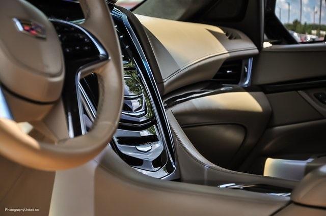 Used 2018 Cadillac Escalade Platinum Edition for sale Sold at Gravity Autos Atlanta in Chamblee GA 30341 10