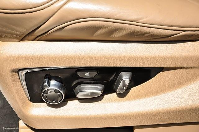 Used 2018 Cadillac Escalade Platinum Edition for sale Sold at Gravity Autos Atlanta in Chamblee GA 30341 27