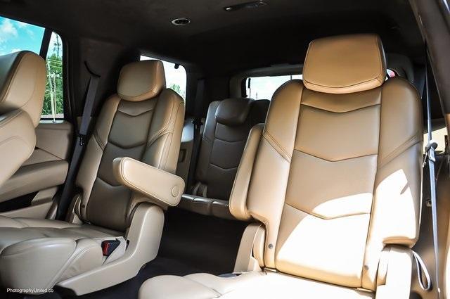 Used 2018 Cadillac Escalade Platinum Edition for sale Sold at Gravity Autos Atlanta in Chamblee GA 30341 29
