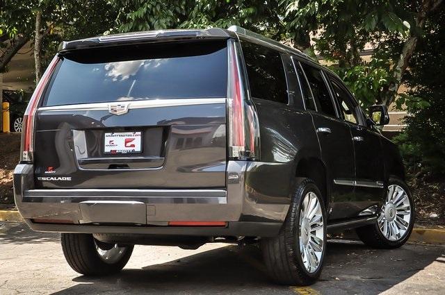Used 2018 Cadillac Escalade Platinum Edition for sale Sold at Gravity Autos Atlanta in Chamblee GA 30341 4