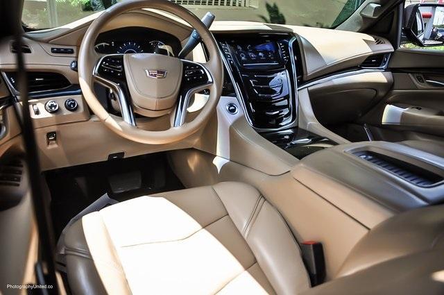 Used 2018 Cadillac Escalade Platinum Edition for sale Sold at Gravity Autos Atlanta in Chamblee GA 30341 7
