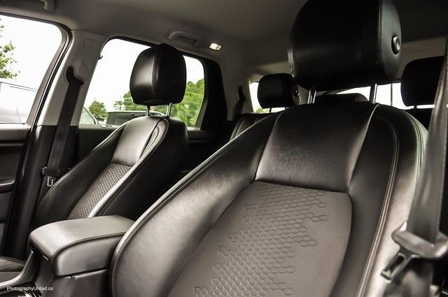 Used 2016 Land Rover Discovery Sport SE for sale Sold at Gravity Autos Atlanta in Chamblee GA 30341 11