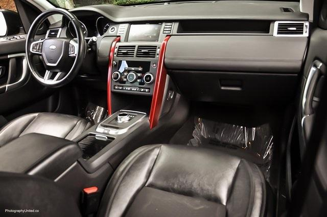 Used 2016 Land Rover Discovery Sport SE for sale Sold at Gravity Autos Atlanta in Chamblee GA 30341 8
