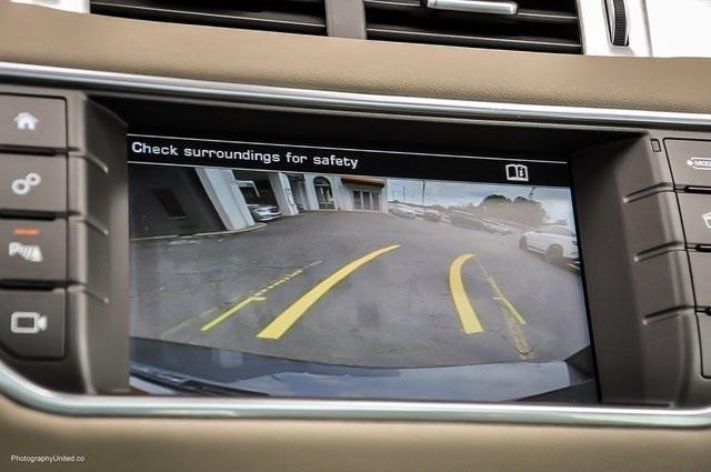 Used 2016 Land Rover Range Rover Evoque SE Premium for sale Sold at Gravity Autos Atlanta in Chamblee GA 30341 17