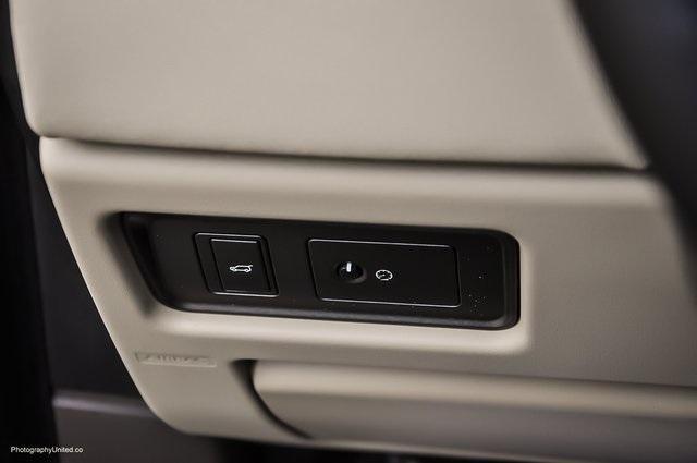 Used 2016 Land Rover Range Rover Evoque SE Premium for sale Sold at Gravity Autos Atlanta in Chamblee GA 30341 21