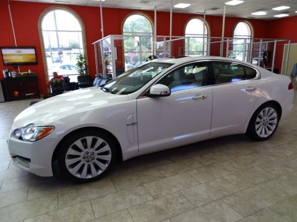 Used 2009 Jaguar XF Premium Luxury for sale Sold at Gravity Autos in Roswell GA 30076 4