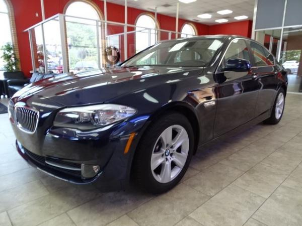 Used 2011 BMW 5 Series 528i for sale Sold at Gravity Autos in Roswell GA 30076 3