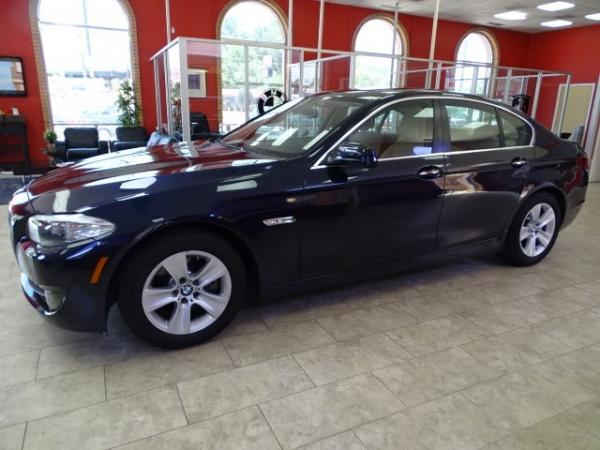 Used 2011 BMW 5 Series 528i for sale Sold at Gravity Autos in Roswell GA 30076 4