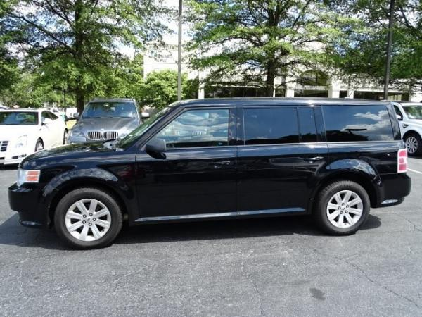 Used 2009 Ford Flex SE for sale Sold at Gravity Autos in Roswell GA 30076 4