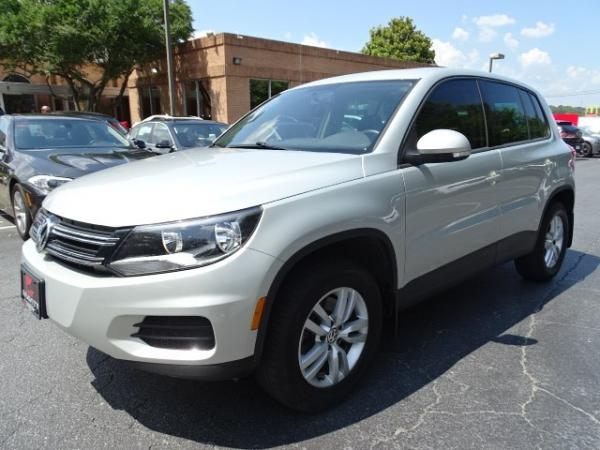 Used 2013 Volkswagen Tiguan S w/Sunroof for sale Sold at Gravity Autos in Roswell GA 30076 3