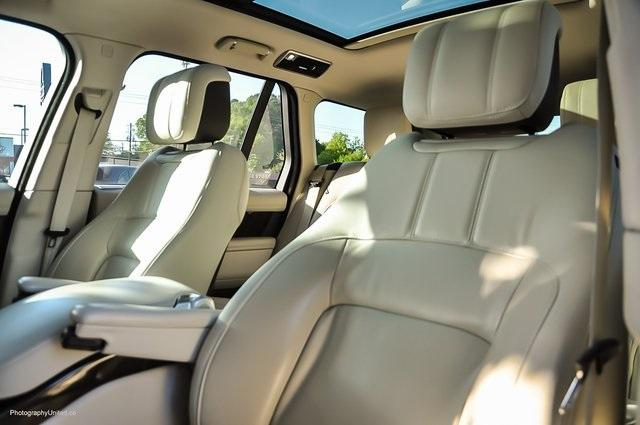 Used 2019 Land Rover Range Rover 5.0L V8 Supercharged for sale Sold at Gravity Autos Atlanta in Chamblee GA 30341 11