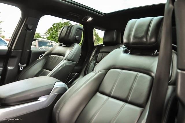 Used 2018 Land Rover Range Rover Sport SE for sale $58,595 at Gravity Autos Atlanta in Chamblee GA 30341 10