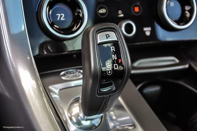 Used 2018 Land Rover Range Rover Sport SE for sale $58,595 at Gravity Autos Atlanta in Chamblee GA 30341 13
