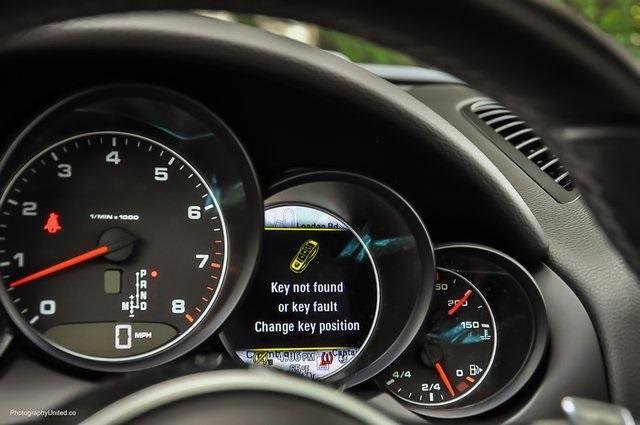 Used 2018 Porsche Cayenne Platinum Edition for sale $47,900 at Gravity Autos Atlanta in Chamblee GA 30341 10