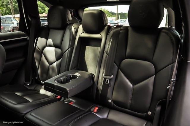 Used 2018 Porsche Cayenne Platinum Edition for sale $47,900 at Gravity Autos Atlanta in Chamblee GA 30341 26
