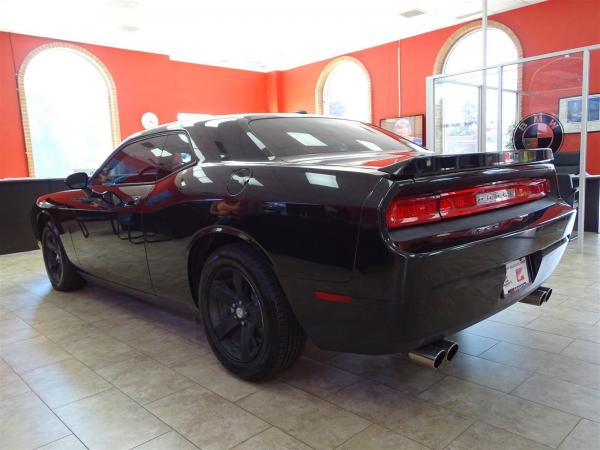 Used 2009 Dodge Challenger SE for sale Sold at Gravity Autos in Roswell GA 30076 4