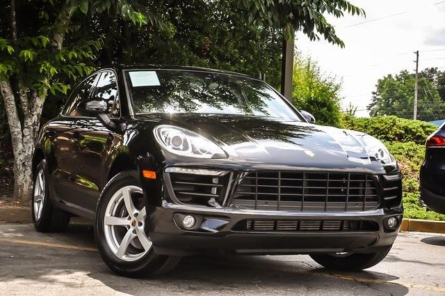Used 2018 Porsche Macan Base for sale Sold at Gravity Autos Atlanta in Chamblee GA 30341 2