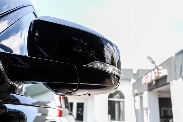 Used 2018 Land Rover Range Rover 5.0L V8 Supercharged for sale $89,995 at Gravity Autos Atlanta in Chamblee GA 30341 51