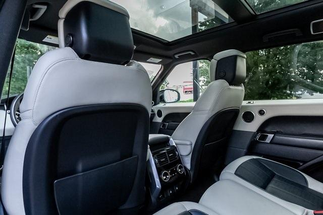 Used 2018 Land Rover Range Rover Sport HSE Dynamic for sale Sold at Gravity Autos Atlanta in Chamblee GA 30341 33