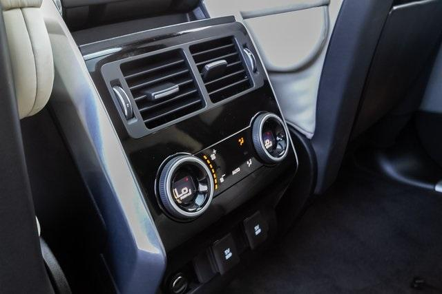 Used 2018 Land Rover Range Rover Sport HSE Dynamic for sale Sold at Gravity Autos Atlanta in Chamblee GA 30341 34