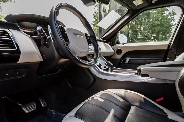 Used 2018 Land Rover Range Rover Sport HSE Dynamic for sale Sold at Gravity Autos Atlanta in Chamblee GA 30341 9
