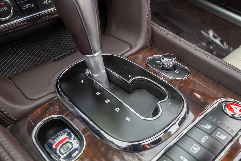 Used 2018 Bentley Flying Spur W12 for sale $149,995 at Gravity Autos Atlanta in Chamblee GA 30341 21
