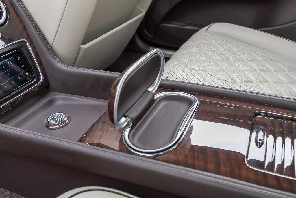 Used 2018 Bentley Flying Spur W12 for sale $149,995 at Gravity Autos Atlanta in Chamblee GA 30341 43