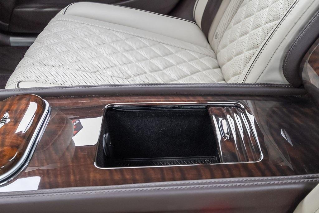 Used 2018 Bentley Flying Spur W12 for sale $149,995 at Gravity Autos Atlanta in Chamblee GA 30341 44